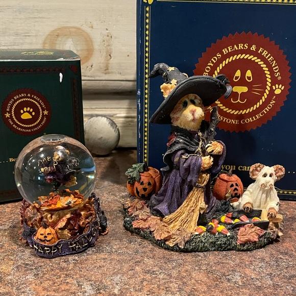 Lot of Boyd's bear Halloween figurines